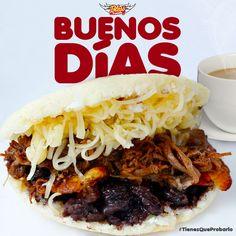 Levantarse tarde un Domingo, y que te reciban así, ¡NO TIENE PRECIO! Podemos consentirte a tí y a tu familia y amigos con desayunos domingueros que te harán el día muy especial... ¡FELIZ DOMINGO PARA TODOS! #TienesQueProbarlo -- #catering #caracas #igersvenezuela #lobuenodevenezuela #venezuelaes #food #foodporn #instafood #yummy #instagood #cocinerosvenezolanos #foodgasm #forevergorditos #hechoenvenezuela #comidavenezolana #ccs #foodvenezuela