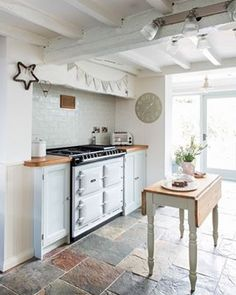Country Cottage Kitchen Design Prepossessing 33 Cottage Kitchen Design Ideas To Inspire You  Cottage Kitchens Inspiration