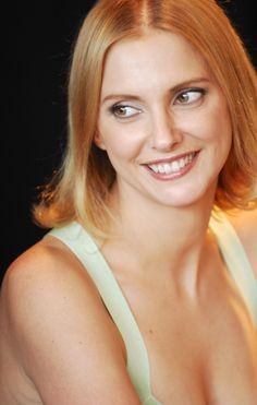 Frédérique Bel as Helvia - Kaamelott, Season 6