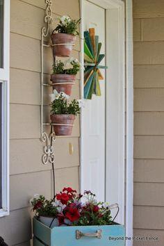 starburst summer wreath --- beyond the picket fence