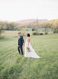 Natural, organic bride and groom portraits by Sawyer Baird | Wedding Sparrow