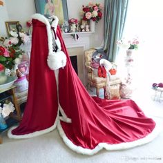 Queen of Hearts Bridal Cape Pageant-Train inch Claret (Dark Red) / Ivory Satin Wedding Cloak H Nigerian Lace Styles, Country Bridesmaid Dresses, Wedding Jacket, Bridal Cape, Fur Wrap, Purple Jacket, Red Satin, Queen Of Hearts, Red Purple