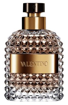 Free shipping and returns on Valentino 'Uomo' Eau de Toilette at Nordstrom.com. Valentino Uomo is a new, masculine fragrance that embodies the spirit of the timeless yet modern man with opening notes of Italian bergamot and a hint of spice.<br><br>Notes:<br>- Top: Italian bergamot, myrtle liquor.<br>- Middle: crema de gianduia.<br>- Base: leather, cedarwood.