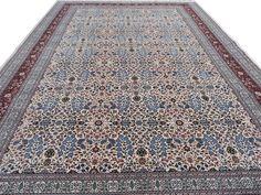 Fine Vintage Turkish Hereke Carpet 4
