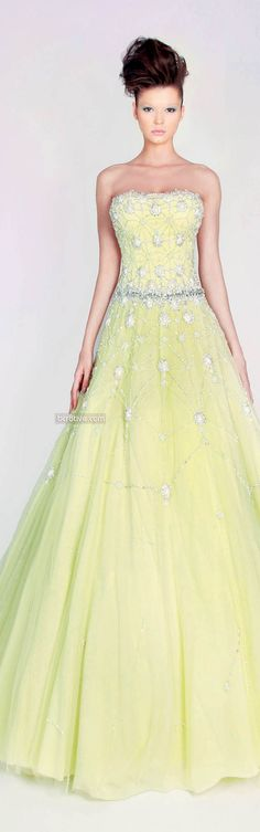 Rami Kadi Les Jardins Suspendus (The Hanging Gardens) Spring Couture Dress Vestidos, Prom Dresses, Formal Dresses, Wedding Dresses, Bridal Gowns, Beautiful Gowns, Beautiful Outfits, Mellow Yellow, Yellow Dress