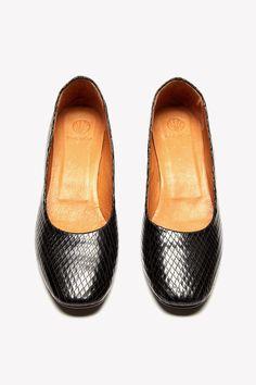 Original Karine Arabian-Les Intemporels PHOENIX women's Court Shoes in Enjoy Cheap Online Outlet 2018 New Websites Discount Manchester Great Sale WDAen