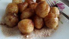 Strapaté jablkové guľky so škoricovým cukrom - Recept pre každého kuchára, množstvo receptov pre pečenie a varenie. Recepty pre chutný život. Slovenské jedlá a medzinárodná kuchyňa
