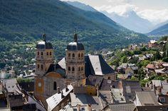Briançon (op 1326 meter)het hoogstgelegen stadje. De oude stadsmuren staan op de lijst  Werelderfgoed van Unesco