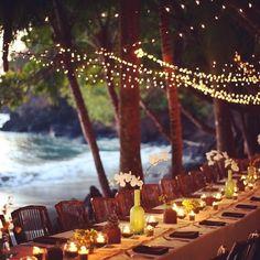 Acordamos com saudades da praia então trouxemos essa lindaaaa referência de casamento com os pés na areia e beira a mar -apenas desejando MUITO (via pinterest) #casamento #casamentonapraia #praia #verão
