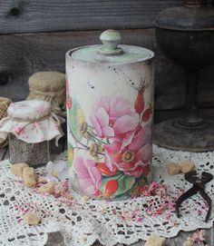 """Купить """"Аромат лета"""" короб - коралловый, розовый, шиповник, цветы шиповника, лето, летний, короб"""