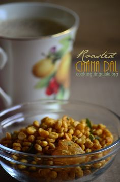 Roasted Chana Dhal Snack recipe | Deepavali Snacks and Sweets recipes with Video and Step by Step pictures Snacks To Make, Easy Snacks, Sweets Recipes, Snack Recipes, Diwali Snacks, Dhal, Red Chili Powder, Appetisers, Learn To Cook