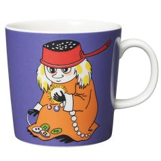 Shop the Moomin Muddler Cartoon Character Mug by Arabia, a must-have collectible porcelain/ceramic mug decorated with a cult classic Moomin story. Coffee Tin, Coffee Mugs, Moomin Mugs, Moomin Valley, Mug Decorating, Tove Jansson, Porcelain Mugs, Marimekko, Wedding Gift Registry