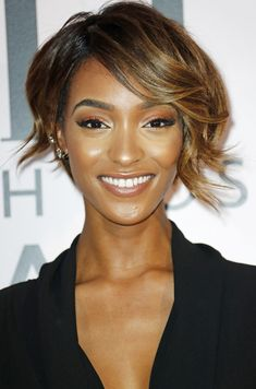 Long in the front plus short in the back equals looks for days, as shown by Jourdan Dunn's very versatile cut.