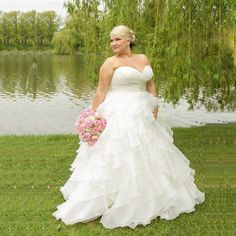 959b2a53fc9 59 Best Bridal Stores images