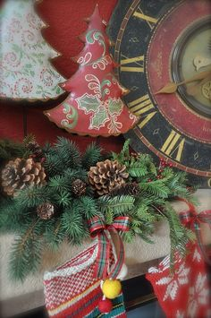 It's Christmas time!!! Bebe'!!! Love this vintage clock!!!