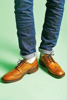 5ed3ff19e756b Men's Gear: CHESTER BROGUE BY | LOAKE | Awesome Tech Gadgets Men Want |  Coolest