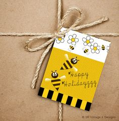 Happy Holidayzzz Bee Gift Tags, Flower and Bees 2.5 x 3.5 Hang Tag, Garden Holiday Tags, Buzz Product Tag With Jute Twine, Christmas Tags by SRVintageandDesigns on Etsy