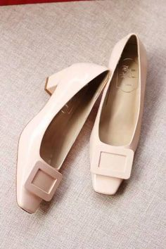 Roger Vivier Decollete Miss D Leather Pumps Nude morecabinet.com
