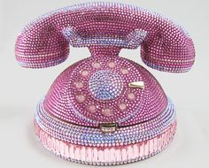 Rotary Phone Clutch by Judith Leiber | the CITIZENS of FASHION600 x 485 | 360.6KB | thecitizensoffashion.com