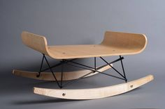 The rocking chair for cats by HolinDesign