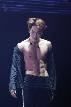 Baekhyun and Kai Drove Fans Wild When They Flashed Their Sexy 8 Pack Abs — Koreaboo