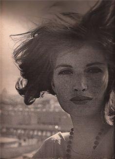 Monica Vitti, 1961 freckle faced sisterhood
