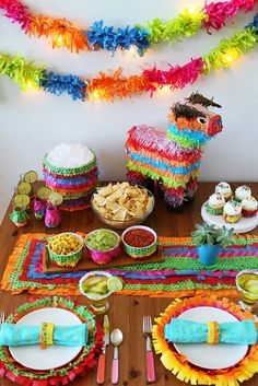 How to Piñata Your Party Using Only 3 Materials via Brit + Co. Brightly colored tissue paper makes great diy party decor for a Mexican Fiesta birthday party or Cinco de Mayo party! Mexican Fiesta Party, Fiesta Theme Party, Taco Party, Pinata Party, Mexico Party Theme, Mexican Candy Table, Mexican Pinata, Mexican Desserts, Fete Marie