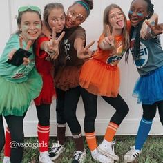 Halloween Costumes For Teens Girls, Trendy Halloween, Halloween Kids, Best Group Halloween Costumes, Cute Costumes, Costume Ideas, Things To Do At A Sleepover, Random Things, Cute Girls