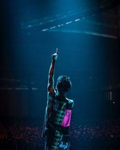 Listen to every One OK Rock track @ Iomoio One Ok Rock, Avicii, Alan Walker, Takahiro Morita, Takahiro Moriuchi, Japon Illustration, Eye Of The Storm, Rock Concert, Pop Punk
