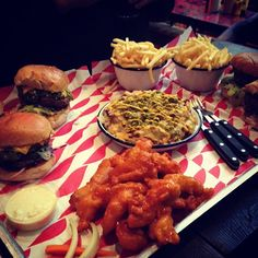 Red Chilli Cheese Burger / Dirty Chicken Burger
