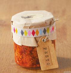 Rezept für Orientalisches Pesto bei Essen und Trinken. Und weitere Rezepte in den Kategorien Gewürze, Käseprodukte, Milch + Milchprodukte, Nüsse, Obst, Würzmittel / Marinade, Kochen, Orientalisch, Einfach, Gut vorzubereiten, Schnell, Vegetarisch.