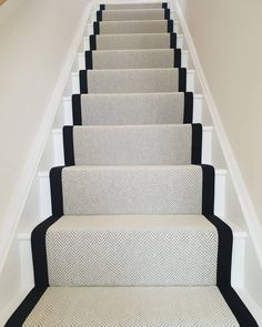🧡 Im overly Chuffed with our Stair Runners.I knew that whatever property we moved into we would have to have Wool Herringbone Carpet (… Staircase Runner, Carpet Runner On Stairs, Runners For Stairs, Pattern Carpet On Stairs, Hallway Carpet Runners, Stairway Carpet, Black And White Stairs, Hallway Designs, Hallway Ideas