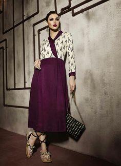 Glitzy Brown Pashmina Kurti In Wholesale #wholesale #suratwholesaleshop #uk #kurtis #trendy #work #exotic #usa #fashionable #lovely #onlineshopping #shopping #festive #pashmina #diwalioffers #dhanteras #partywear #bulksupplier #manufacturer #designer #receptionwear #officewear #versatile #fabulous #desiclothing #www.suratwholesaleshop.com