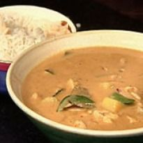 Massaman Curry (Thai Muslim Curry) Recipe - Chicken cooked in coconut flavors, tamarind, potatoes and an aromatic massaman curry paste.