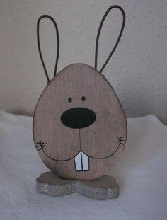 Osterhase+aus+Holz+von+***Lieblingsstücke***+auf+DaWanda.com Woodworking Guide, Custom Woodworking, Woodworking Projects Plans, Teds Woodworking, Rabbit Crafts, Bunny Crafts, Art Therapy Activities, Kids Wood, Decoration