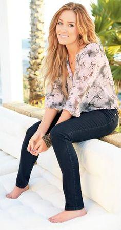 lauren conrad - LC blouse & skinny jeans.