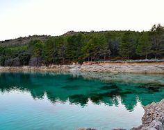 En la vida a veces te encuentras con verdaderas barreras  Barrera tobacea lateral de la laguna Lengua Lagunas de Ruidera #nature #photography