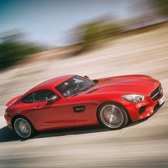 Derived from motorsports, yet designed for the road: The Mercedes-AMG GT S resets the standard.