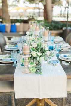 La Tavola Fine Linen Rental: Kenneth Gull Table Runner with Hemstitched White Napkins | Photography: Jillian Rose Photography, Planning: Jacqueline Hallgarth, Florals: Hidden Garden Flowers, Venue: Fairmont Miramar Hotel, Tabletop: borrowed BLU