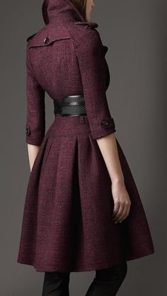 Gorgeous Burberry full skirt tweed coat. Stunning winter outfit you could wear for any formal occasion. Finished with a black belt.