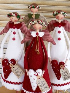 Annie Smith of Country Keepsakes Dolls.(oooooh, i absolutely LOVE these…Country Christmas angels - so cute!Use a cone to make an angel tree topper. Make the cone shorter than the doily so the light can shine through.Hugs and Kisses Christmas Angels Christmas Sewing, Christmas Angels, All Things Christmas, Christmas Holidays, Christmas Decorations, Crochet Christmas, Christmas Bells, Country Christmas, Handmade Christmas