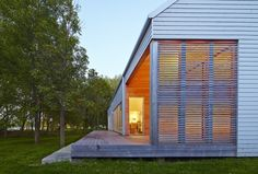 https://superkul.ca/projects/reeds-bay-house/