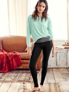 $40 crew & legging @VictoriasSecret #crew #legging #VictoriasSecret #comfy #green #black
