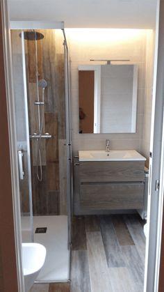 Este portfolio se trata de una reforma integral en un piso de 100 mts ubicado en la Calle Ramón Goméz de la Serna cerca del barrio el pilar de Madrid. Bathtub, Bathroom, The Neighborhood, Street, Flats, Interiors, Standing Bath, Washroom