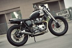 Here's the new ride of Matt Helder of the Arctic Monkeys: a custom Triumph Bonneville T100 built by Mule Motorcycles.