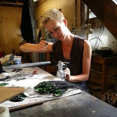 Growing up the daughter of a pre-eminent carver, you could say jade runs in Hannah Sheehan's blood. Mj, Creations, Artists, Animals, Jewerly, Animales, Animaux, Animal, Animais
