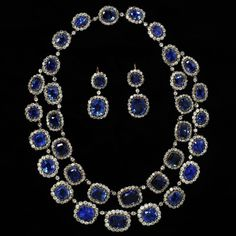 century diamond and sapphire necklace and earrings from the Victoria & Albert Museum ✨ Royal Jewelry, High Jewelry, Luxury Jewelry, Gold Jewelry, Victorian Jewelry, Antique Jewelry, Vintage Jewelry, Sapphire Necklace, Sapphire Jewelry