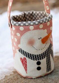 Snowman Pail - Quilting Digest