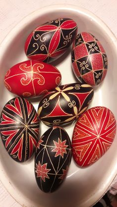 Ukrainian Easter Eggs, Egg Decorating, Easter Ideas, Holidays, Easy, Easter, Holiday, Holidays Events, Vacations
