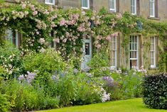 Haddon-Hall, A Contemporary Garden in a Medieval Setting by Arne-Maynard, Remodelista